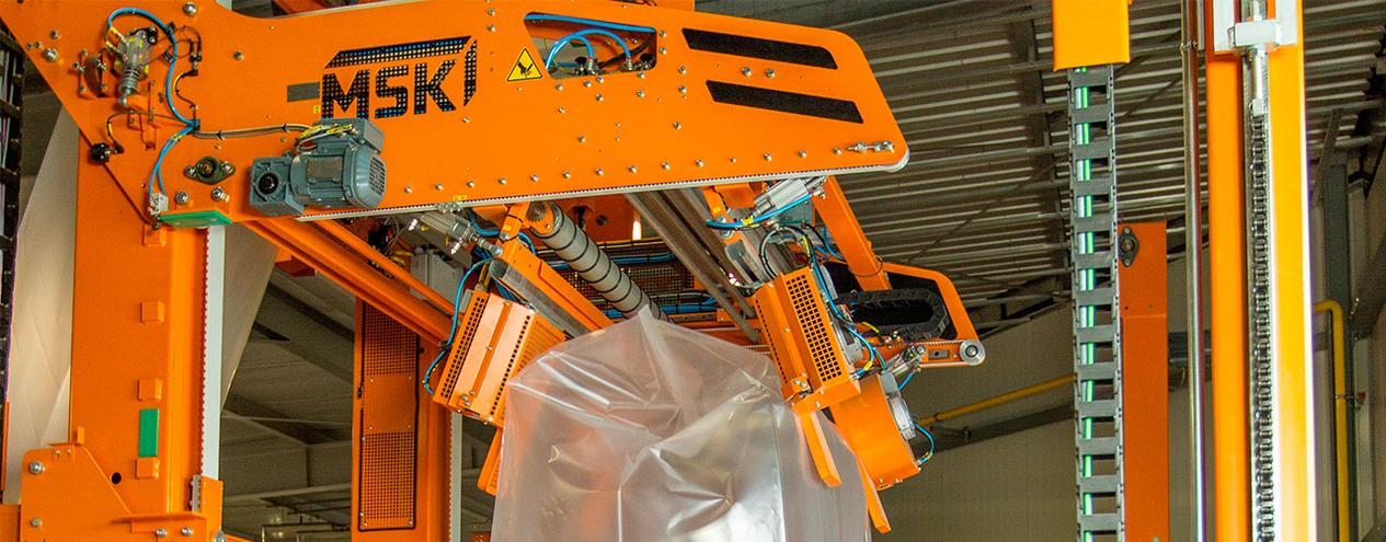 Pioneering and sector-specific: Exceptional demands on pallet load safety have affected the past four decades of MSK packaging systems technology.